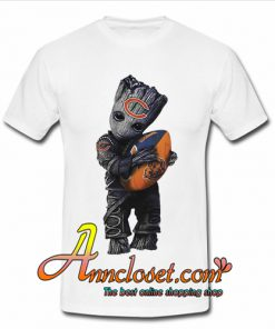 Baby Groot hug Chicago Bears football t shirt
