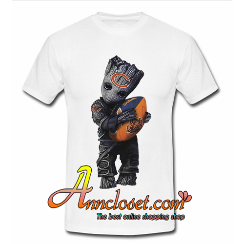 Baby Groot hug Chicago Bears football t shirt